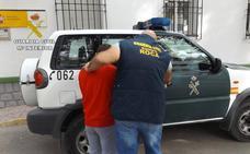 Dos presuntos delincuentes detenidos en Mula por robos en fincas