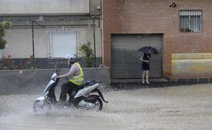 Aemet eleva el aviso a nivel naranja por lluvias y tormentas en la Región