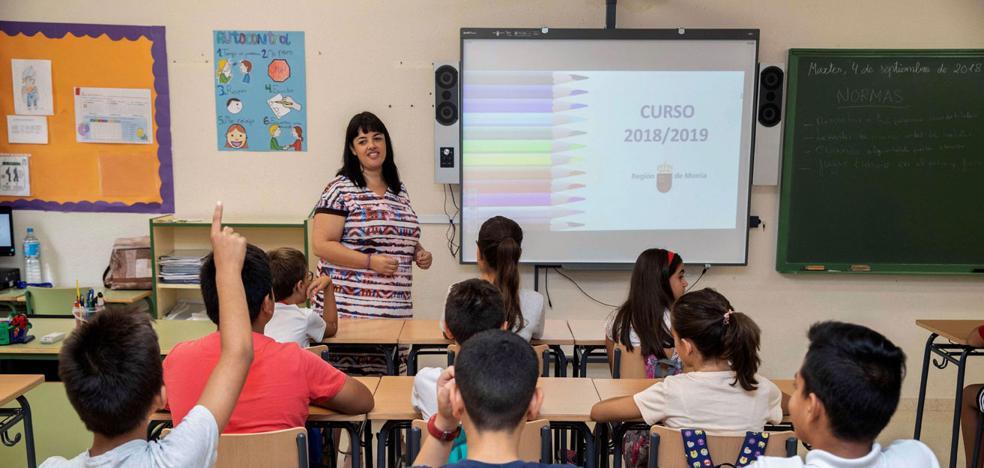 El Ministerio obliga a sustituir las bajas de docentes antes de tres días este curso