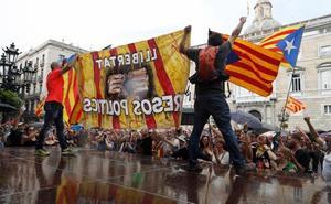 Los CDR impiden la manifestación en defensa del castellano en Barcelona