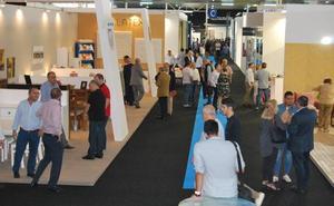 La Comunidad anuncia una estrategia para aumentar las exportaciones del sector del mueble