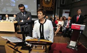 La profesora de la UMU Belén López Morales ingresa en la Academia de Ciencias Veterinarias