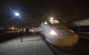 La Región estrena la alta velocidad con el tren híbrido