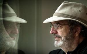 Jon Juaristi participa en el ciclo Río de Letras