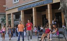 Los murcianos con estudios universitarios en edad de trabajar, por detrás de la media española