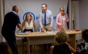 Arroyo y Segado inician el programa electoral para Cartagena
