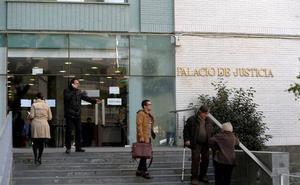 Condenado un paciente de una clínica dental por lesionar a dos dentistas