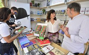 Arranca la Feria del Libro de Murcia tras diez años de ausencia