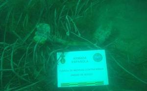 La Armada desactiva una bomba 'pescada' por un barco en Águilas