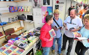 Murcia responde a su Feria del Libro