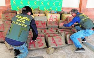 Afrontan seis años por trasladar 840 kilos de hachís en un yate