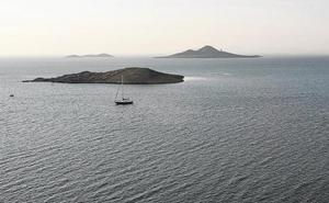El Mar Menor supera el verano con aguas más transparentes y menos contaminadas