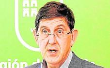 Aluvión de críticas a la Consejería por el colapso de Urgencias en el Santa Lucía