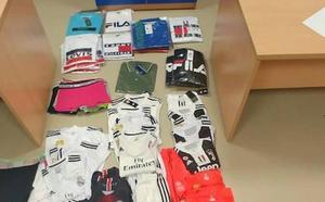 Detenido en Murcia por vender equipaciones de fútbol presuntamente falsificadas