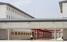 Villegas dice que el brote de sarna en Campos del Río es competencia de Instituciones Penitenciarias