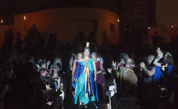 Tanit reúne a 200 mujeres y conjura la lluvia