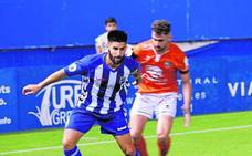 El Lorca busca delantero y campo para jugar