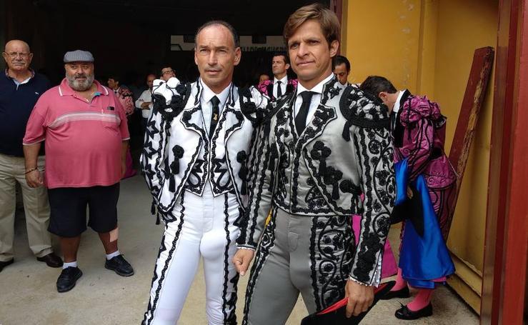 Pepín Liria indulta un toro de Santiago Domecq en su despedida de los ruedos
