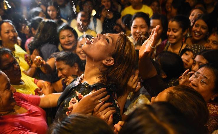 Nepal celebra el festival Indra Jatra