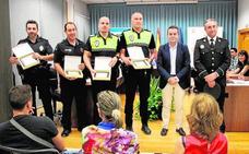 Reconocimiento a los policías por salvar vidas