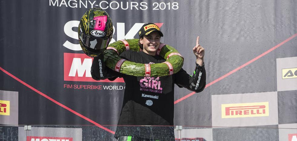 Ana Carrasco hace historia al ser la primera mujer en ganar un Mundial de motociclismo