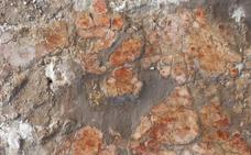 Arqueólogos españoles descubren en Jordania suelos pintados hace 10.000 años