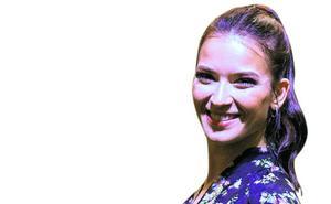 Yana Olina: La bailarina que surgió del frío