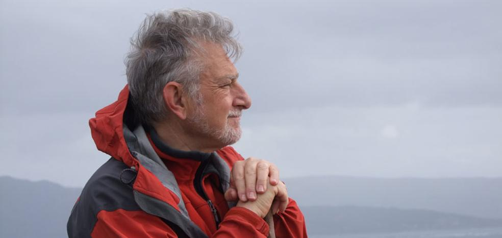 Javier Cacho: «Marte es un reto muy grande, quizá demasiado»