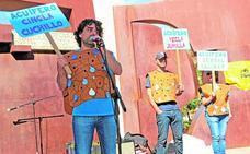 Un millar de vecinos protestan contra la sobreexplotación de los acuíferos