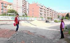 La paralización de las obras de Camino Marín «no admite más esperas»
