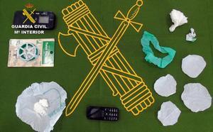 La Guardia Civil desarticula en Bullas un activo punto de venta de cocaína