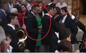 El exalcalde de Alhama de Murcia niega el saludo al delegado del Gobierno, Diego Conesa