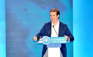 El PP aviva el miedo a que Sánchez entregue la política económica a Podemos