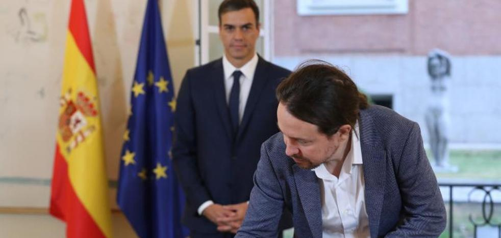 Sánchez e Iglesias escenifican un pacto de izquierdas más allá de los Presupuestos