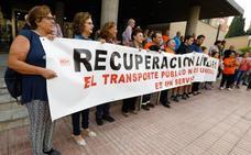 Los vecinos de varias pedanías murcianas recaban 1.300 firmas para recuperar la línea 61 de autobús