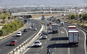 Normalidad en las carreteras de la Región en la operación salida por la festividad del Pilar