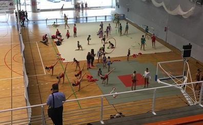 Cien gimnastas despiden los Juegos del Guadalentín con una exhibición de gimnasia rítmica y estética