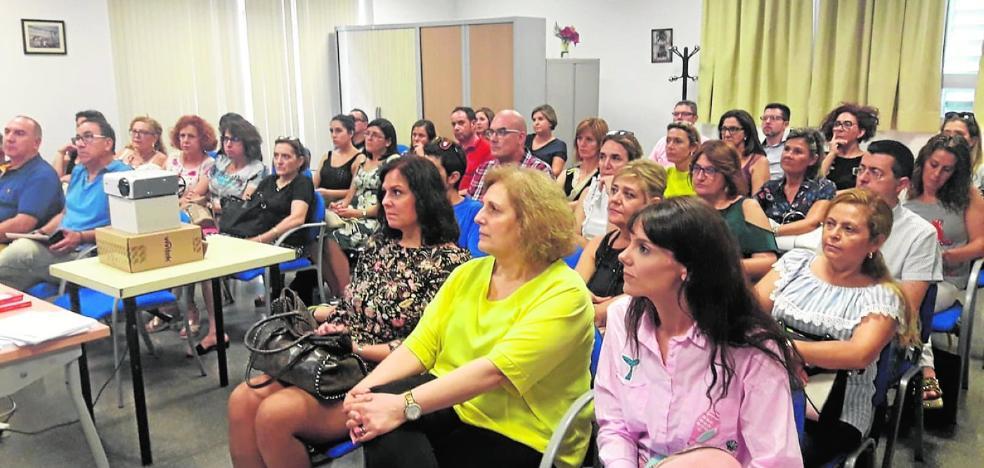 La Cámara de Comercio de Murcia formará a mil comerciantes de doce localidades hasta final de año