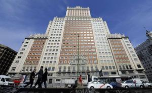 Baraka pide la paralización de las obras del edificio España «para evitar una catástrofe»