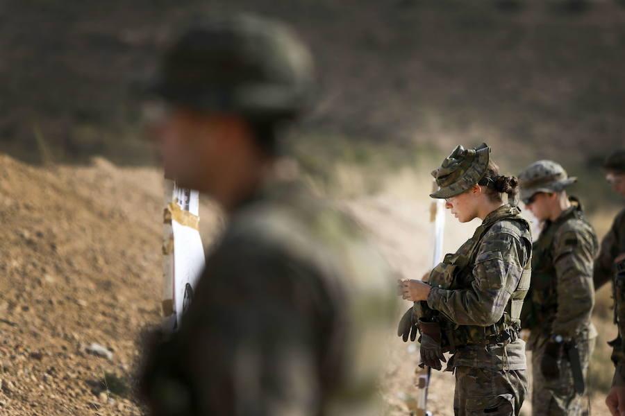 Nueva altura mínima para entrar al Ejército: 160 centímetros a hombres y 155 a mujeres