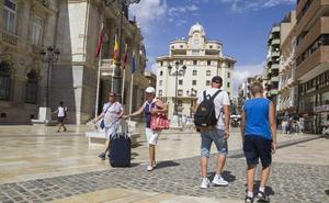 Las pernoctaciones en hoteles aumentan un 6,5% hasta agosto