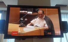 El doctor Vela pide que le lleven a casa la sentencia por «problemas de salud»