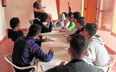 Preocupación vecinal por las reiteradas fugas de menores inmigrantes de la Casa del Ral