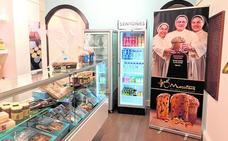 'Las antonias' inauguran una tienda en Murcia con los dulces más típicos del convento
