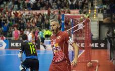 Miguelín: «Giustozzi nos dio una buena riña en el descanso frente al Rivas»