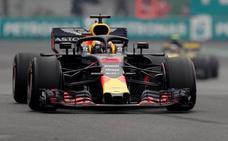 Ricciardo se reivindica con una pole que olía a Verstappen
