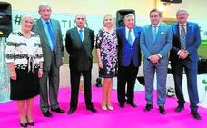 La AECC rinde homenaje a Agustín Navarrete