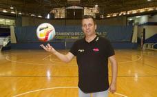 El Jimbee Cartagena despide a su técnico, Juan Carlos Guillamón