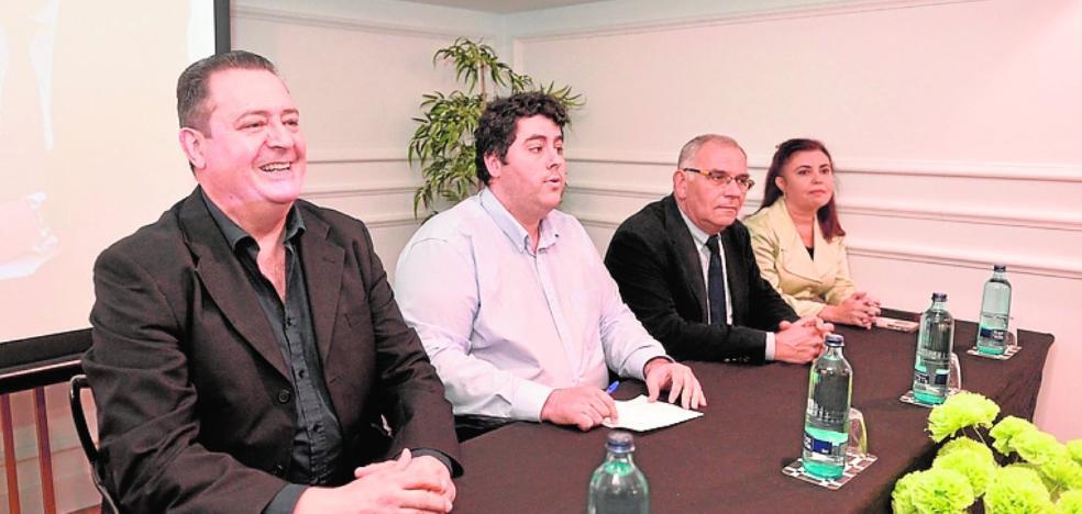La Coalición de Centro Democrático se presenta como heredera de Suárez