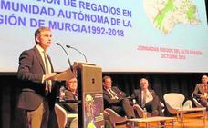 Del Amor reclama más obras para combatir la sequía en Murcia y las riadas en Aragón